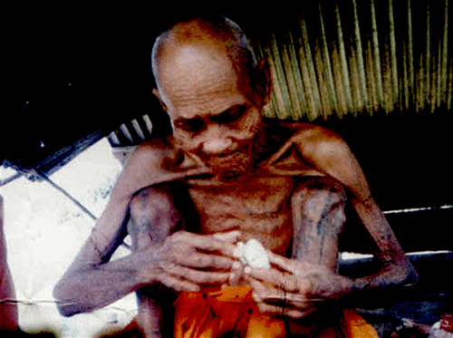 Tewada Len Din 500 year old monk Luang Phu Suang