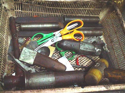 Bia Gae amulet making tools
