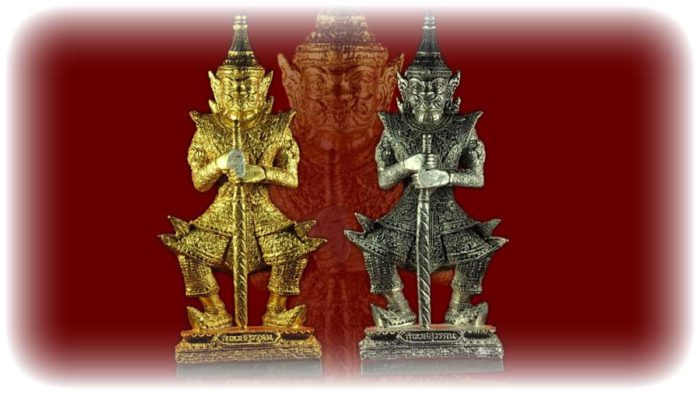 Taw Waes Suwan Loi Ongk statuettes