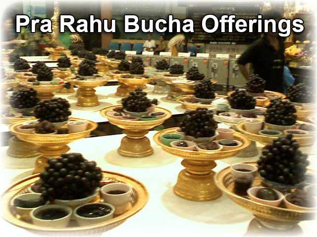 Black Food Offerings to Pra Rahu